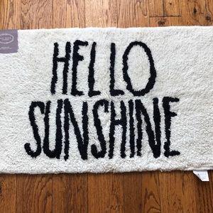 🆕💕 Rae Dunn HELLO SUNSHINE bathroom rug / mat